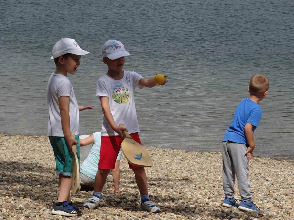 ОСТРВО СПОРТА – Летњи Спортски Камп за децу на Ади